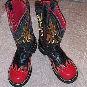 Ariat Fatbaby Red and Gold Flames Sz 7.5B